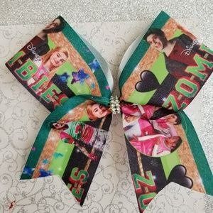 Zombies girls cheer bow
